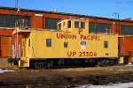 UP 25506 - Caboose