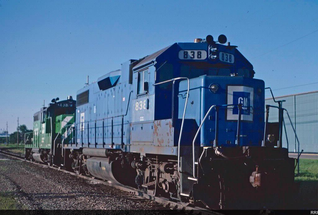 EMD 838