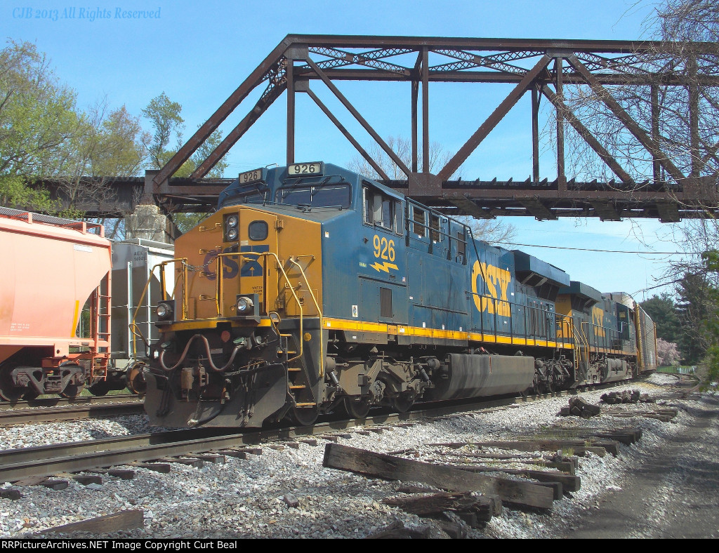CSX 926 and 5277