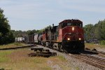 CN 2520 rolls east through Durand with M396