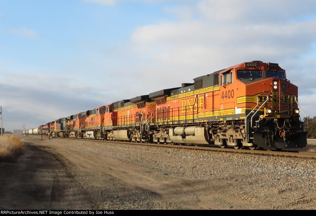 BNSF 4400 East