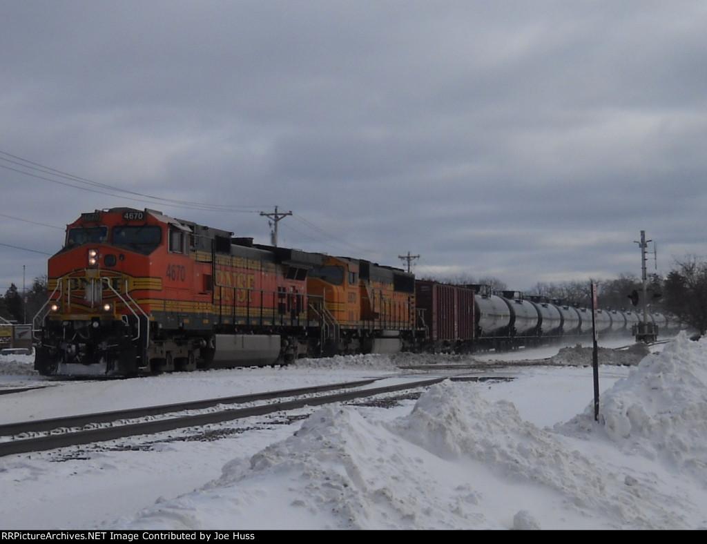 BNSF 4670 West