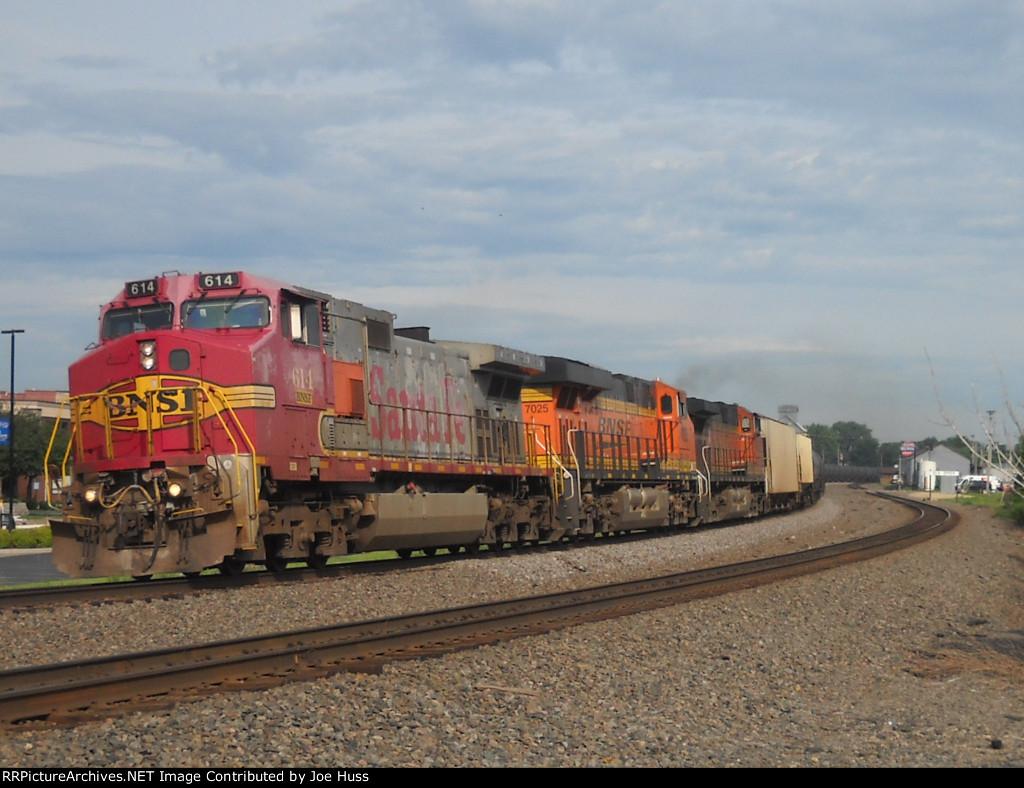 BNSF 614 East