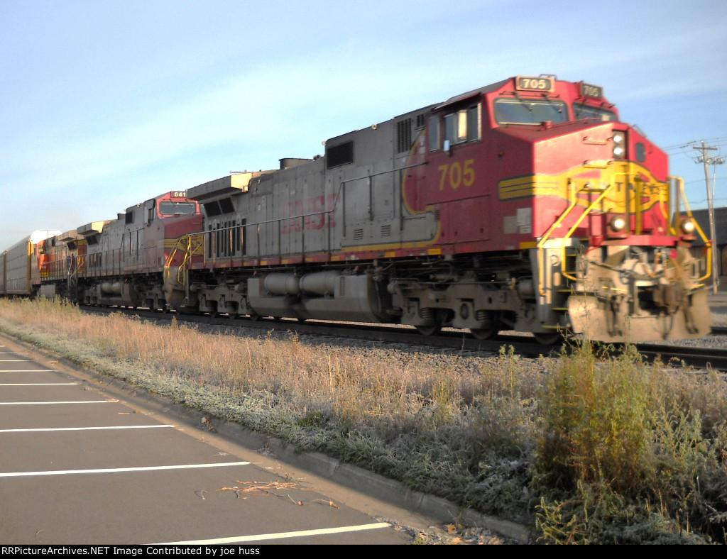 BNSF 705 East
