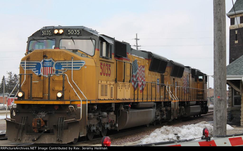 UP 5035 & 4907 (1)