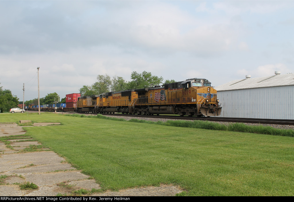 UP 6019 & others (2)