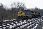 CSX 431 and 531 on light engine move