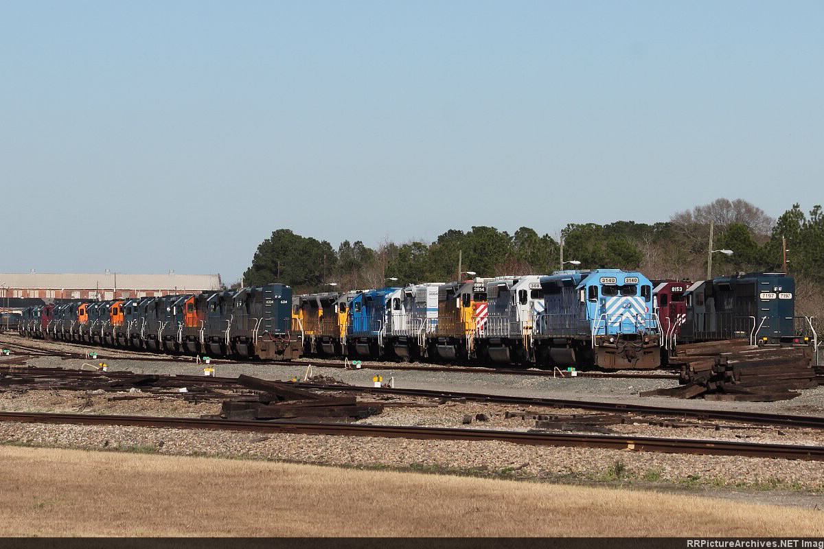 Leasers and CSX Power Stored