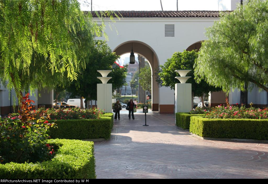 LAUS - Gardens