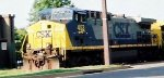 CSX 453, closer-in view