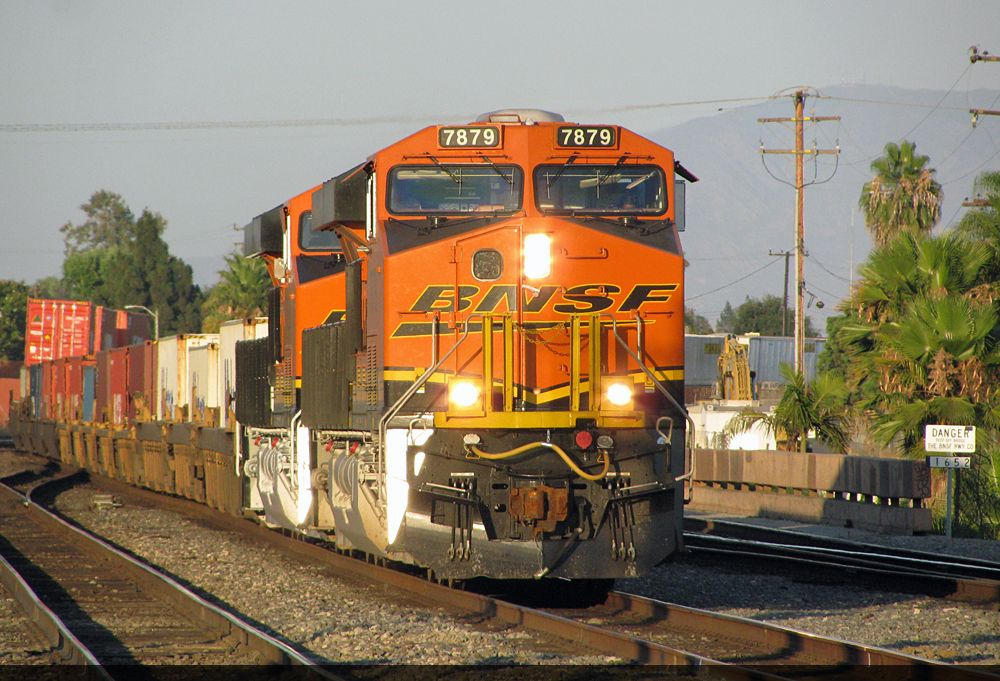 BNSF 7879 leading a stack train