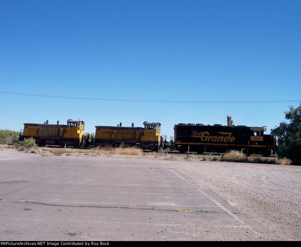 UPY 1210 and UPY 1135 with UP 1355 (former RG unit)