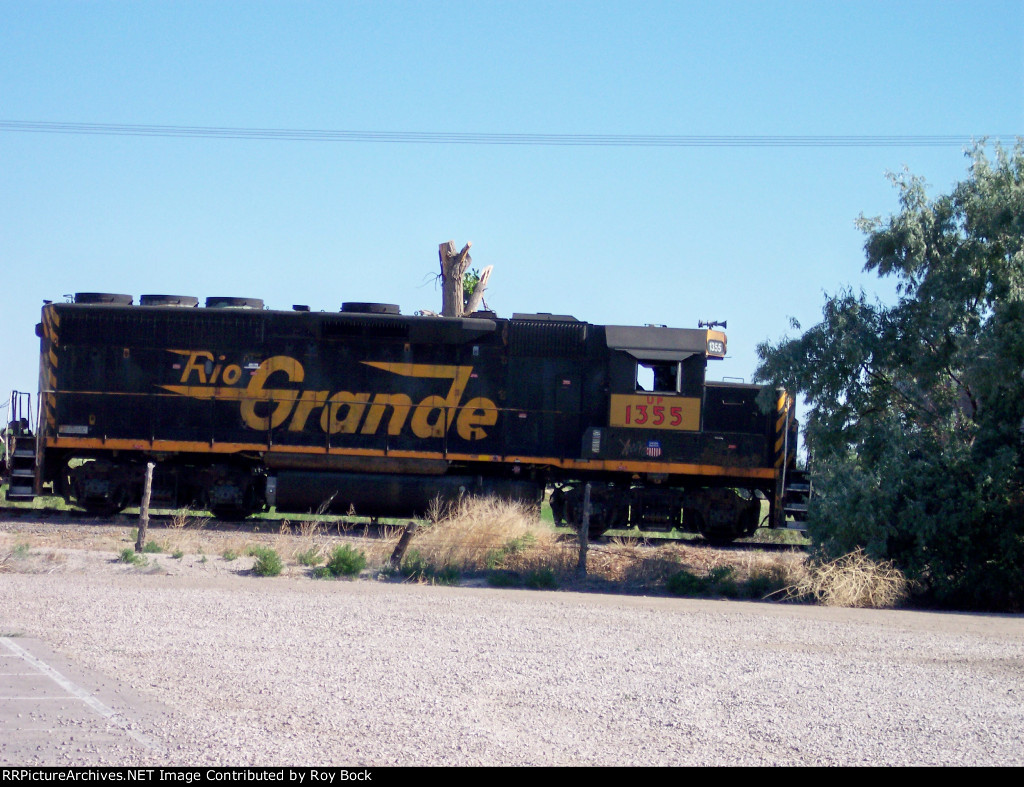 UP 1355 (former Rio Grande unit)