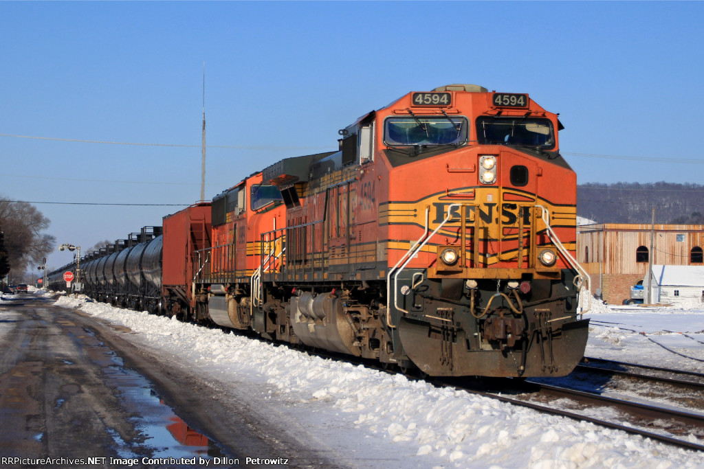 BNSF 4594