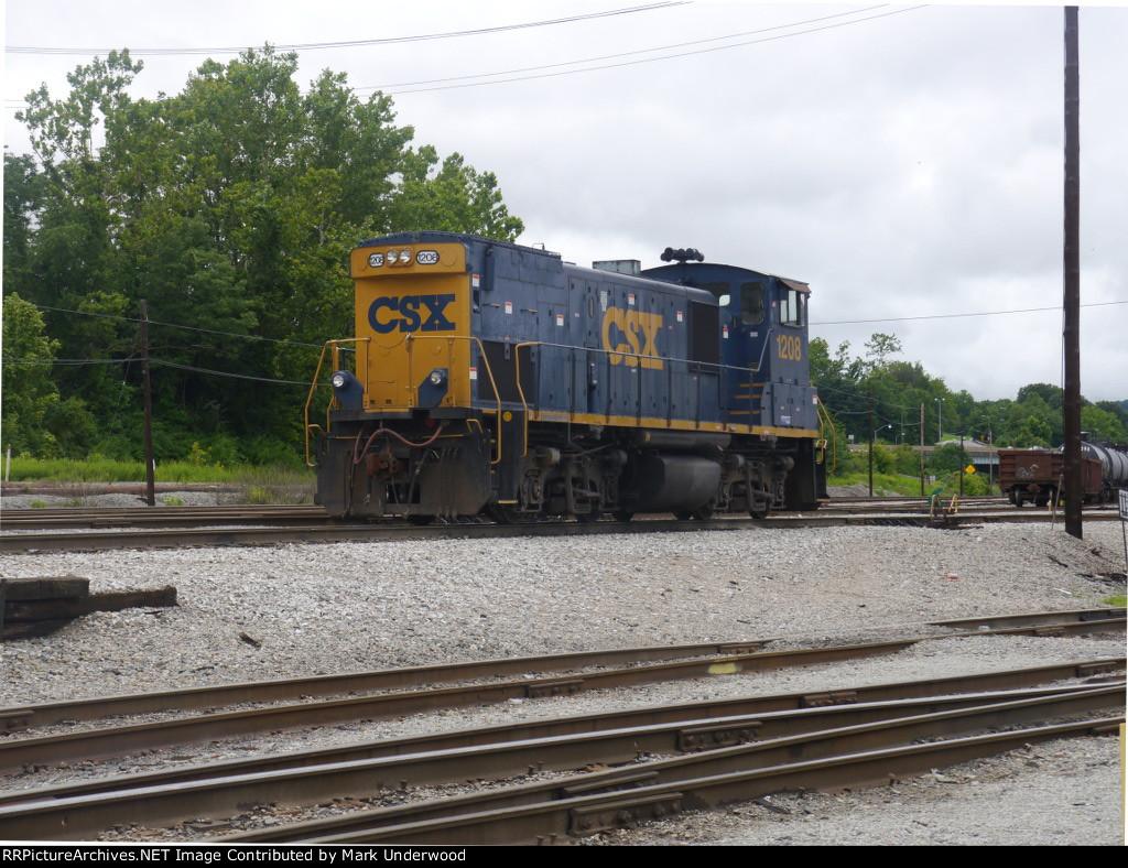 CSX 1208 at South Charleston, WV
