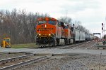 BNSF 7225 Leads the H ALTGAL1 EB.