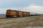 BNSF 7865 leads Z WSPSTO9 O6A toward Kc.