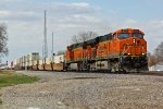 BNSF 6174 Leads the Z STOWWSP6 Into Hardin Mo.