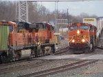 BNSF ES44DC 7240 & BNSF C44-9Ws 4019 & 5096