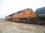 BNSF ES44DC 7253