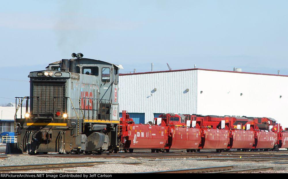 KCS 4355 w/ newly rebuilt well cars
