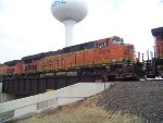 BNSF ES44C4 6624