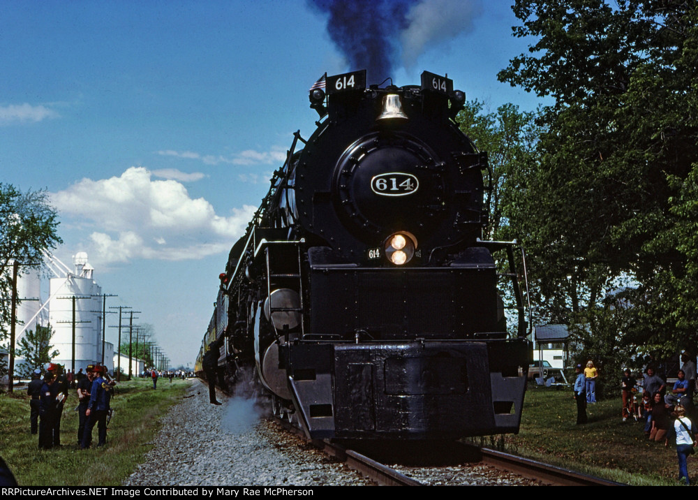Chesapeake & Ohio 4-8-4 #614