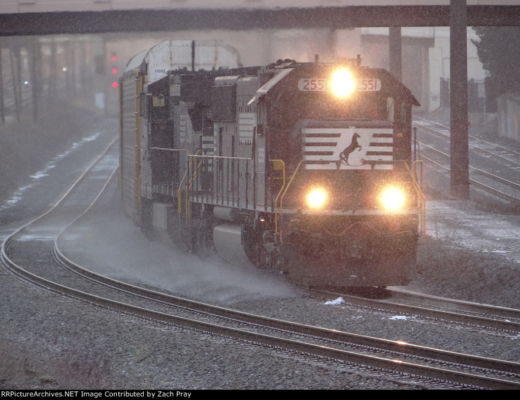 During the beginning of a Lake Effect Squal NS 14T Takes the curve past CP East Cleveland