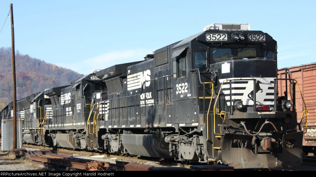 NS 3522 sits in the yard