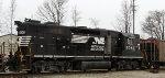 NS 5043 earns its keep on train 84J