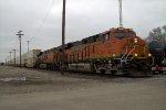 BNSF 7053 west