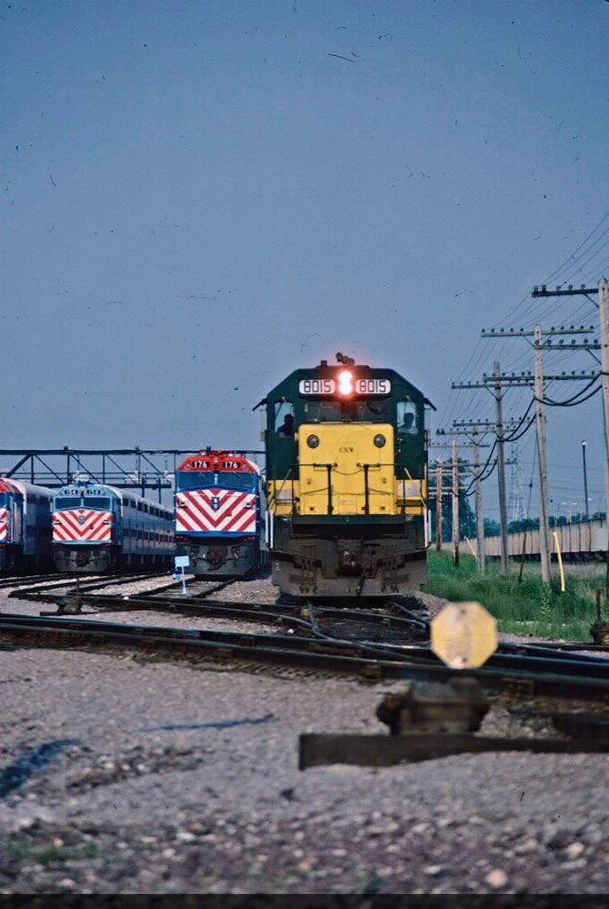 CNW 8015