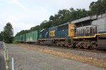 q 702 nb empty garbage train 8:30 am ( pic 2)
