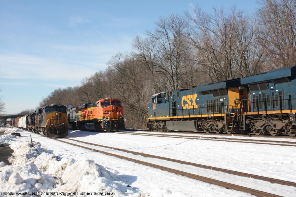 q oo8 south bound intermodal 9 am pic (2)