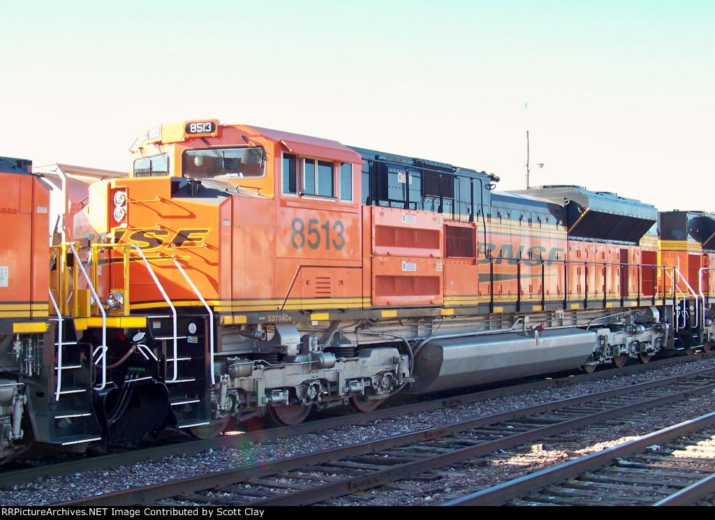 BNSF 8513