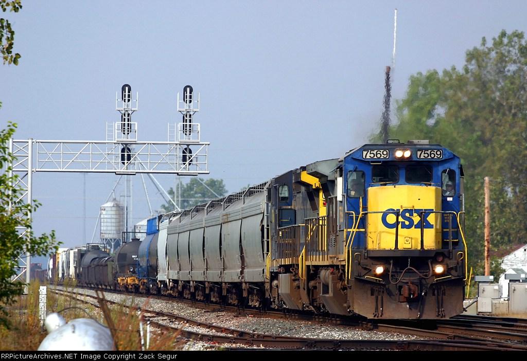 CSXT 7569