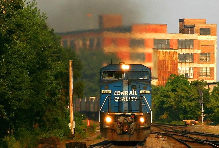 NS(ex-Conrail) 8359