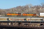 BNSF 4909 Races Wb toward the Yard.