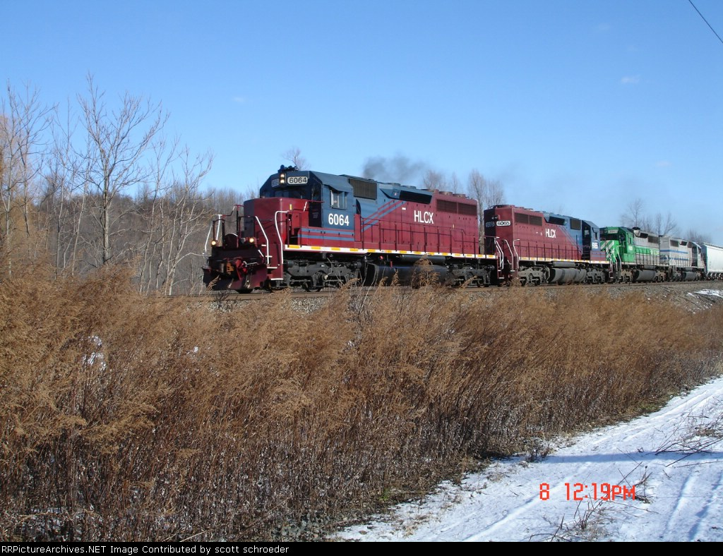 String of leased units make up a WB CSX train