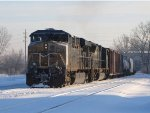 5399 & 4823 bring Q335 into Wyoming Yard on a cold winter morning