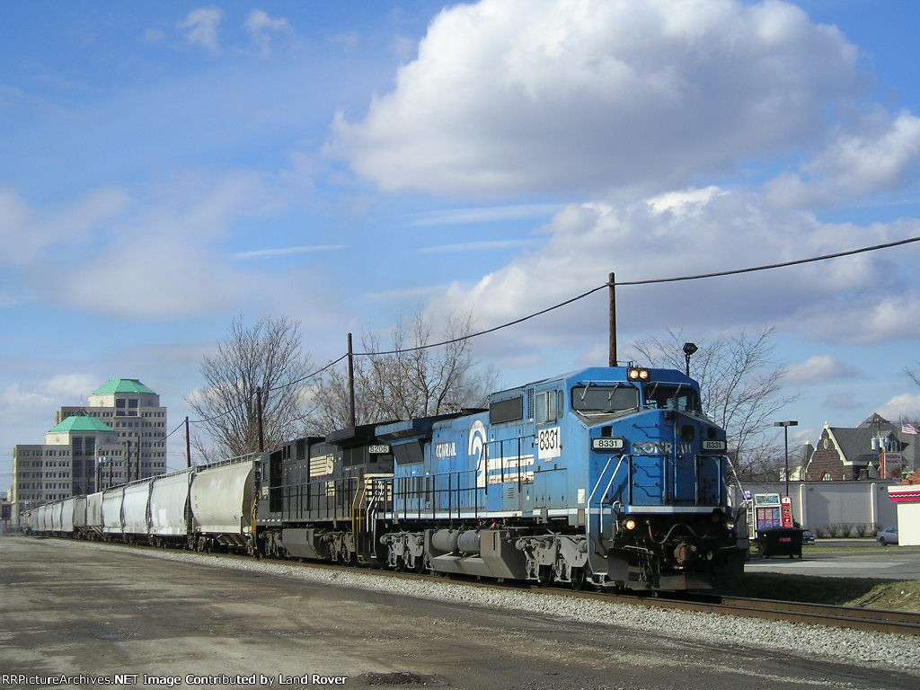 NS 8331 On NS 48 G Eastbound