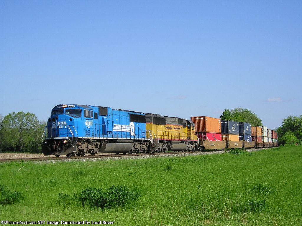 NS 6747 On NS 295 Eastbound