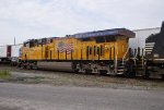 "UP 7964 and NS ""City of Bluefield"""