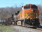 BNSF 5226 leads NS 39G