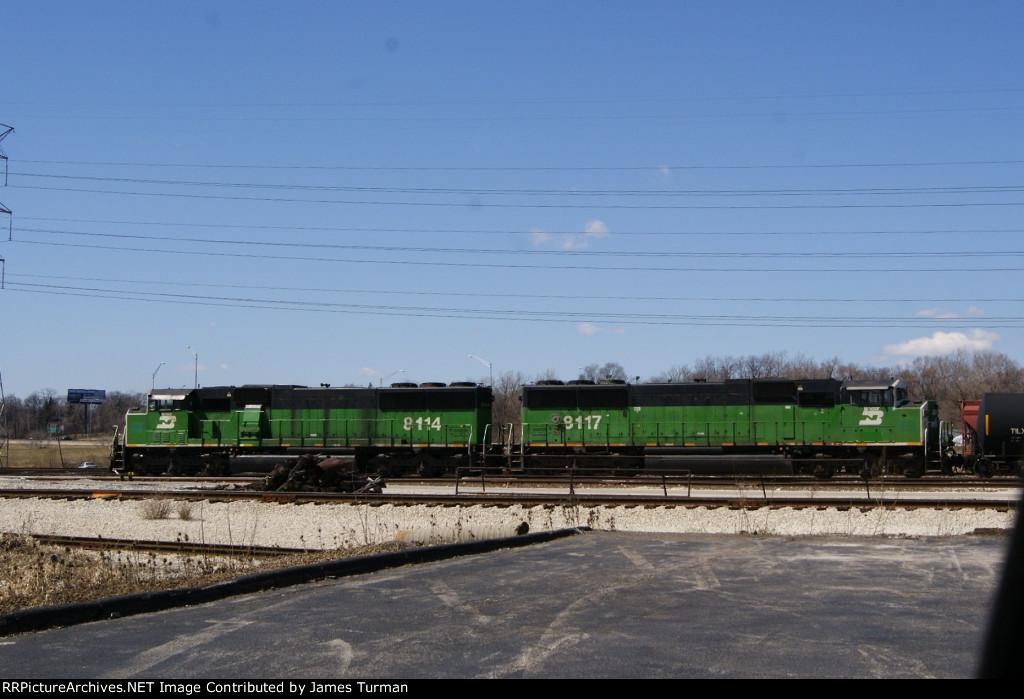 BNSF 8114, & 8117