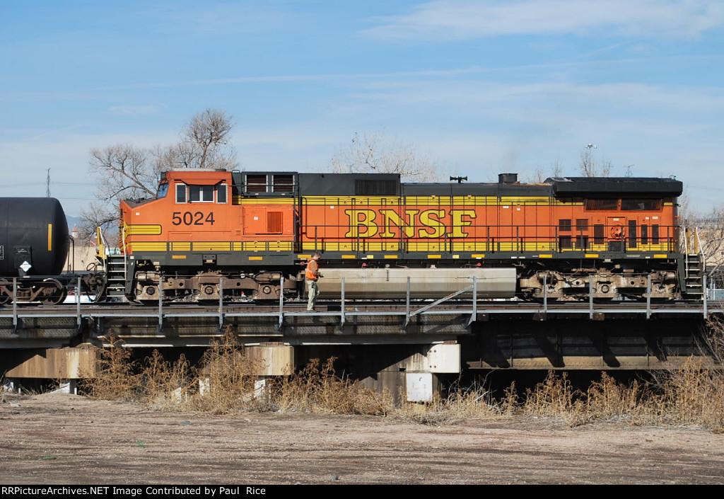 BNSF 5024