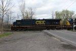 CSXT 5243 on CSX Q009