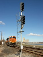 EB Signal at East Hover