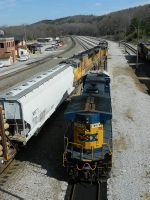 CSX 289(AC44CW) UP 4971(SD70M) UP 3887(SD70M)