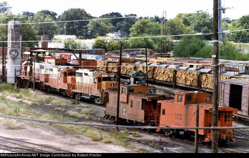 ICG 2511 (GP35), ICG 8187 (GP10), ICG 3423 (caboose), ICG 199056 (caboose)